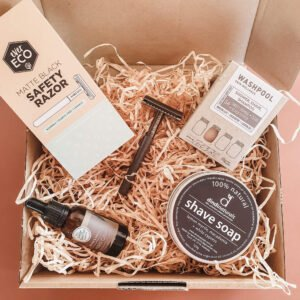 Natural skincare products for men in a gift pack